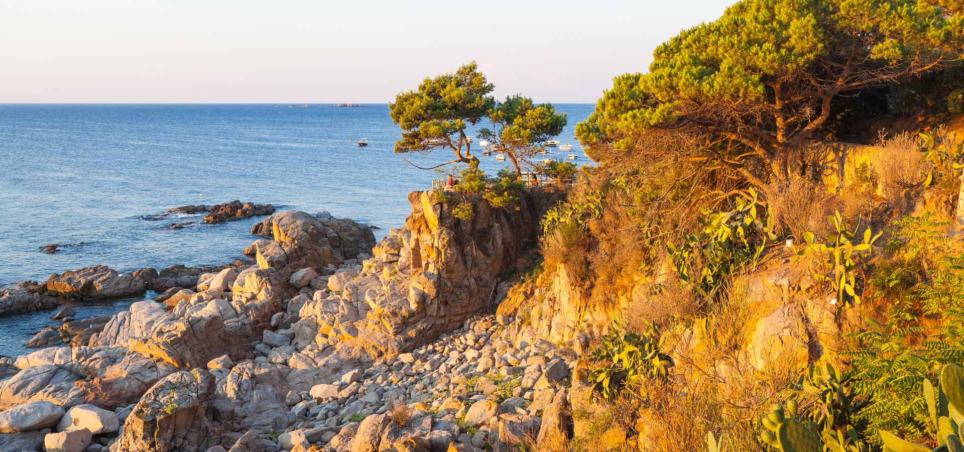 Catalonia Discovery - cycling & walking in Catalonia | Inntravel